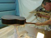 Guitarras Alhambra busca distribuidor exclusivo no Brasil