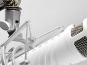 Microfone Rode Podcaster dispensa a placa de áudio
