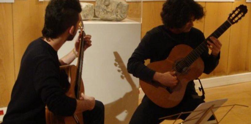 Empresa cria estúdio de música para despertar a criatividade de seus funcionários