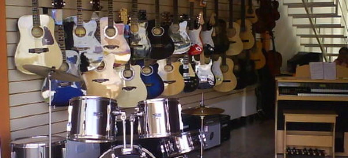 Loja 'A Musical', do interior do PR, é assaltada