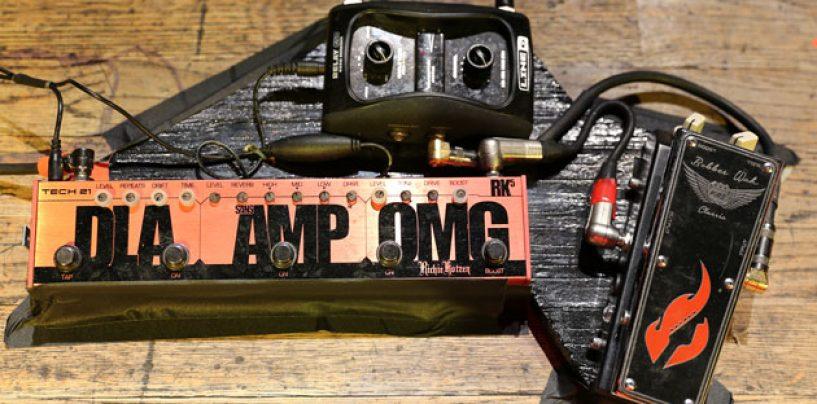 Guitarrista Richie Kotzen usa pedal Bobber Wah da Fire Custom