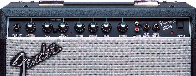 Review Fender Frontman 25r