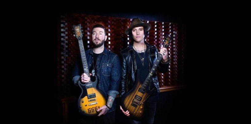 Avenged Sevenfold e Schecter apresentam novos modelos de guitarra