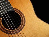Violão: a escolha certa para Scott Denno