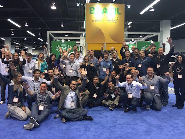 time de brasileiros presentes da NAMM, com apoio da Anafima e da Apex Brasil