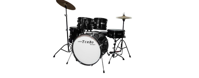 Bateria Turbo Action e pratos Hero na Turbo Percussion