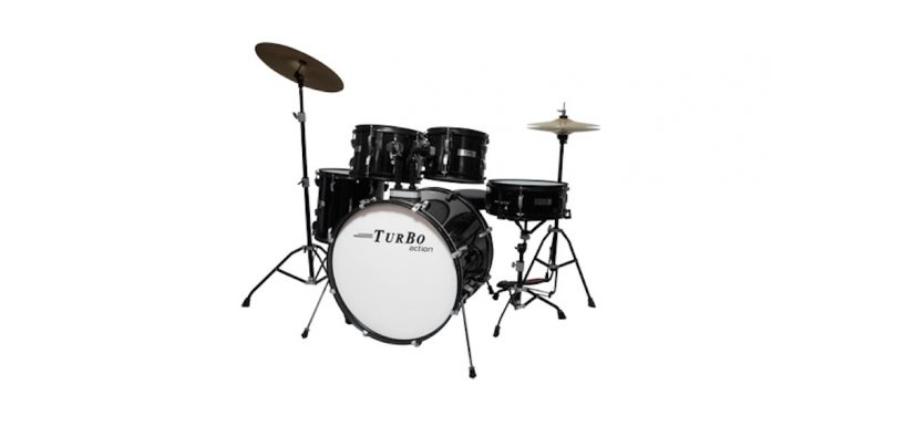 Bateria Turbo Action e pratos Hero na Turbo Percussion
