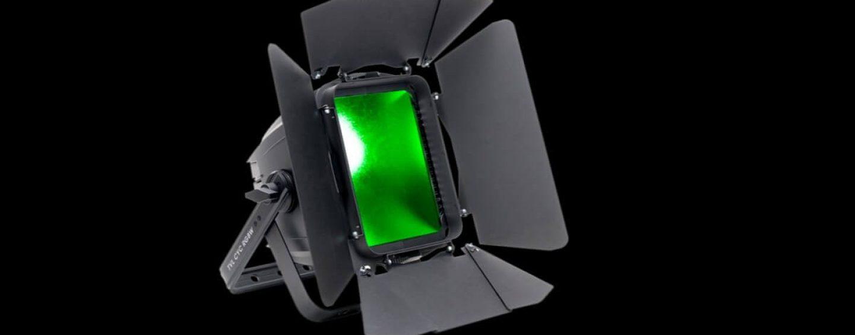 Elation lança TVL CYC RGBW, uma luminária ciclorama wall wash estilo teatral