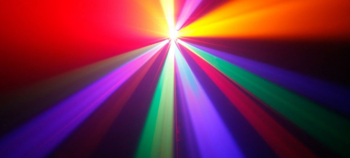 Cameo apresenta nova linha de projetores de efeitos inteligentes
