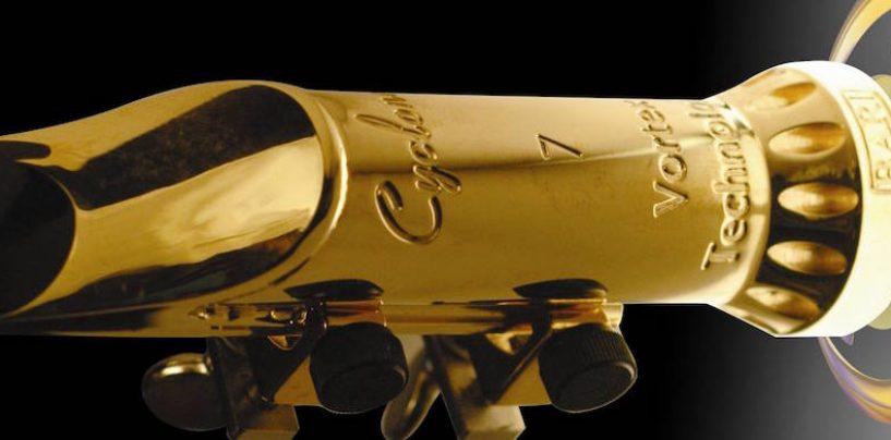Arwel traz a boquilha Bari Cyclone banhada a ouro