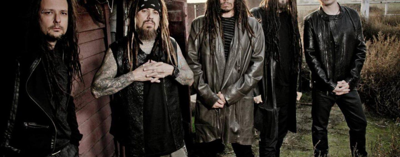 Variedade de marcas para a banda californiana Korn