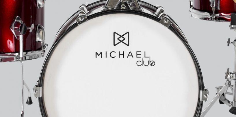 Michael lança baterias adultas e infantis!