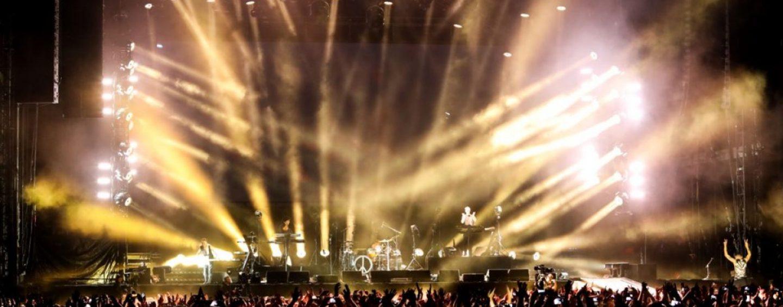 As novas luzes VL6000 Beam da Philips em turnê com Depeche Mode