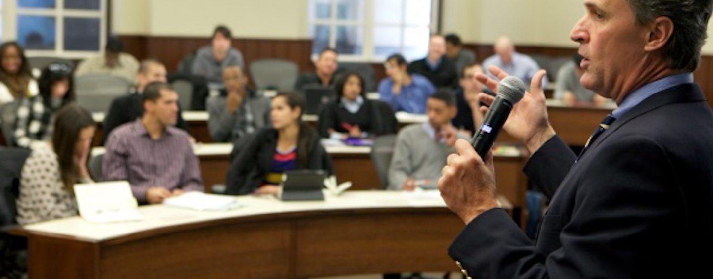 Shure oferece treinamentos presenciais gratuitos na área de tecnologia de áudio
