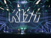 A turnê mundial do Kiss iluminada com o Dartz 360 da Elation