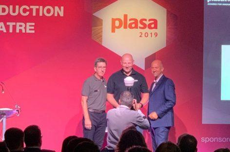 Moving Artiste Monet da Elation ganha Prêmio Plasa por Inovação