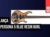 Baixo Persona 5 Blue Resin Burl da Cort com acabamento diferente
