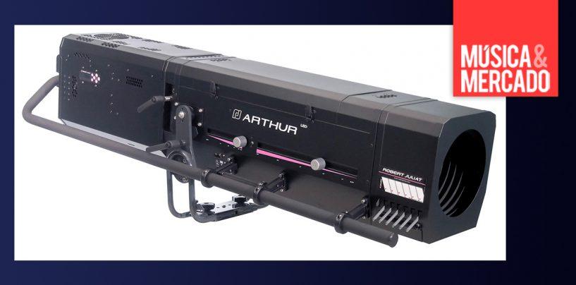 Followspot LED Arthur de 800 W é o novo da Robert Juliat