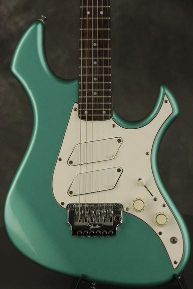 Fender Performer Emerald Mist Metallic