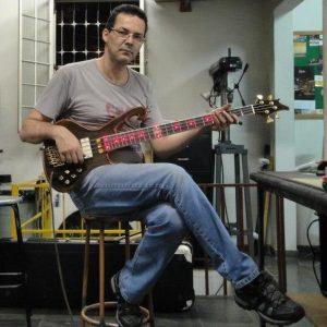 Luthier Ademir Souza