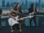 Fender lança guitarra signature para H.E.R
