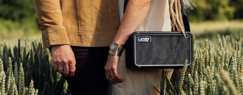 Sistema portátil Laney F67 para ouvir música